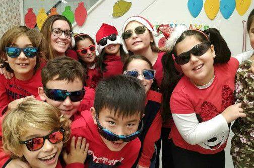Niños aprendee inglés Linguavision Badalona